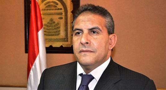 مارادونا النيل طاهر أبو زيد أول لاعب كرة يشغل منصب وزير الرياضة